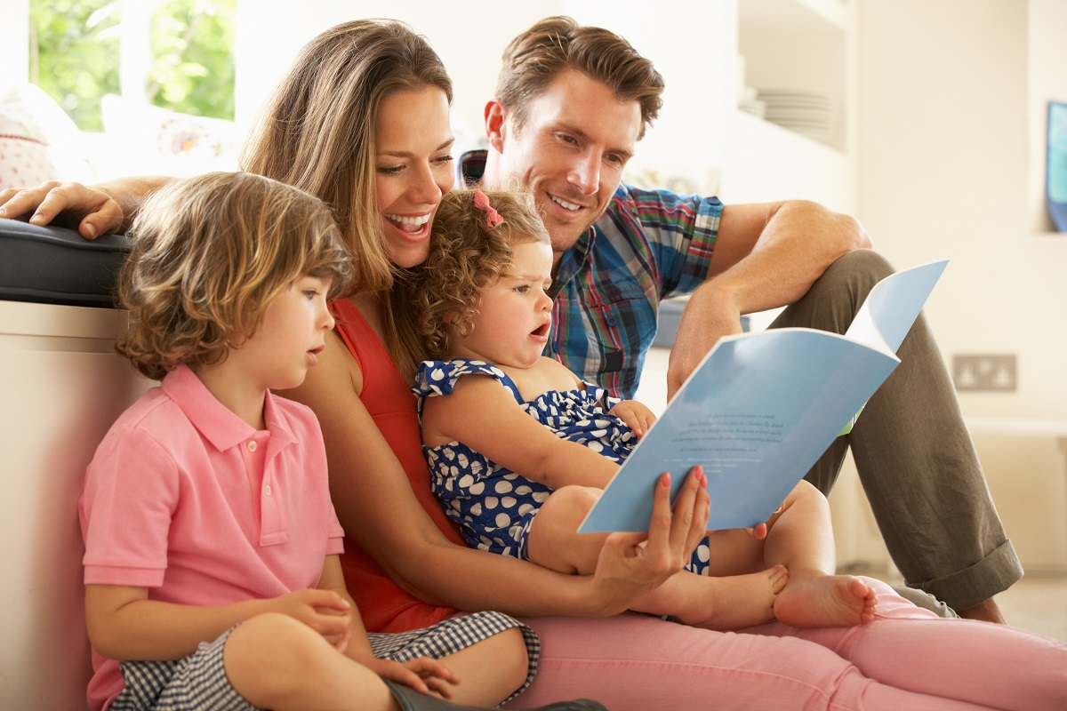 Parents reading a story with their kids