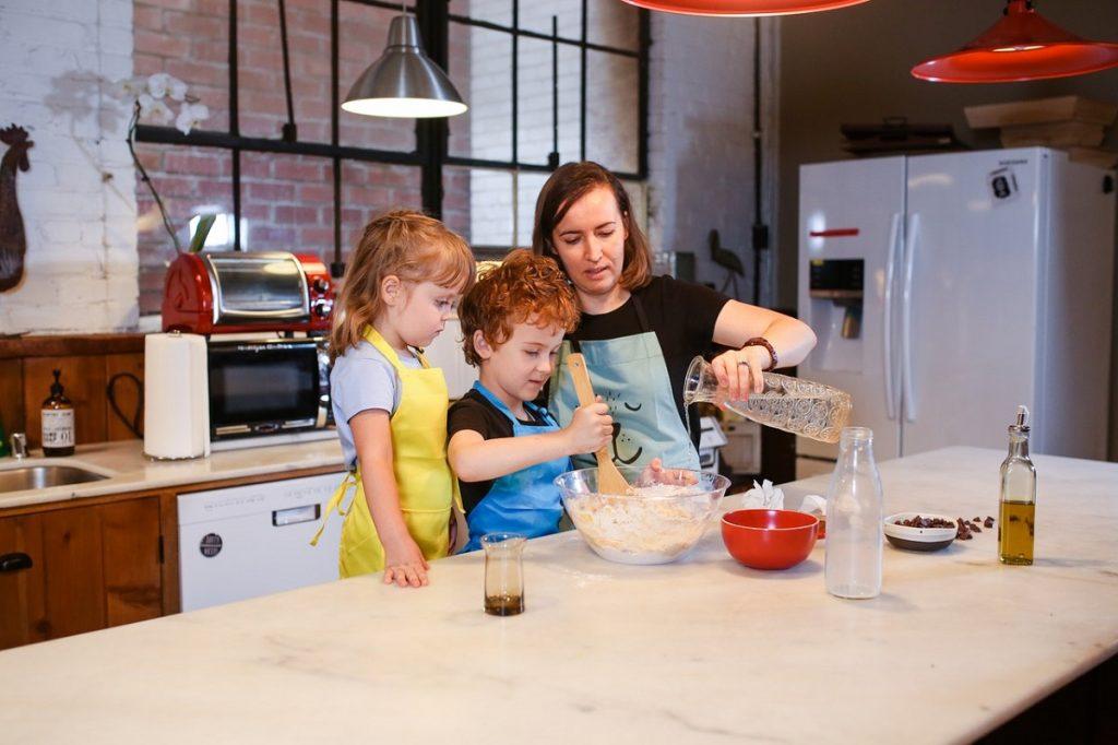 preparing food with kids